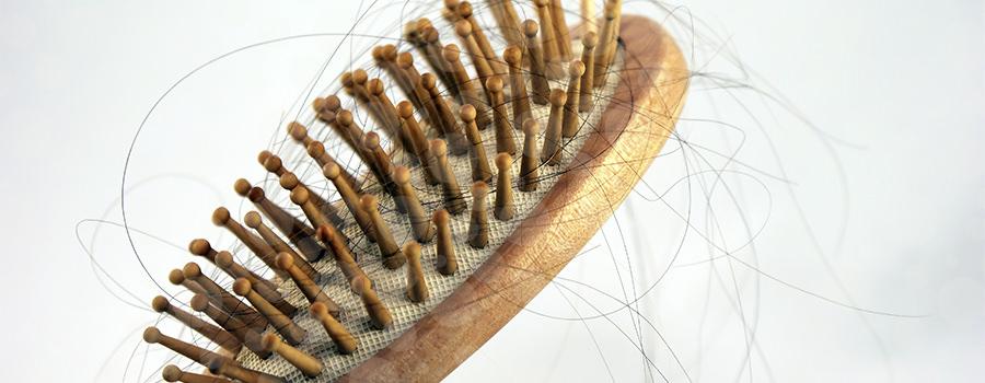 Estudo mostra que dispositivo consegue reduzir pela metade a queda de cabelo em mulheres recebendo quimioterapia para câncer de mama