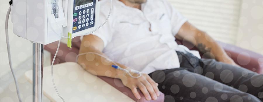 Imagem Estudo mostra que é seguro reduzir pela metade as seções de quimioterapia em alguns pacientes com câncer de cólon operado